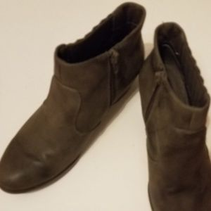 Kim Rogers Ankle Boots Size 6M